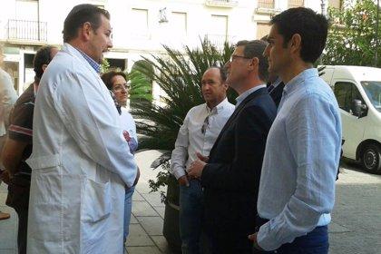 El PP traslada su apoyo a los profesionales sin plaza en el Chare de Alcalá y pide la apertura de las Urgencias