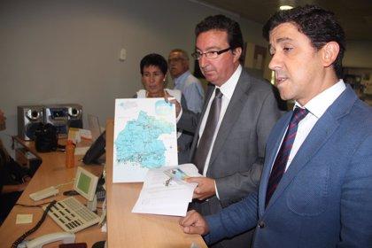 El PP regala un mapa de Huelva a Canal Sur y eleva una queja por los errores geográficos en la provincia