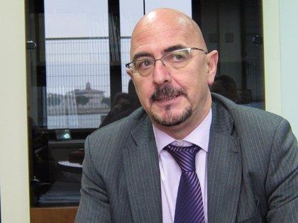 El director de Valdecilla, candidato al premio 'Directivo Sanitario 2013'