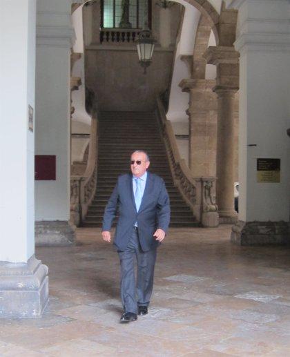 La Abogacía del Estado recurre la suspensión del ingreso en prisión de Carlos Fabra mientras se tramita el indulto