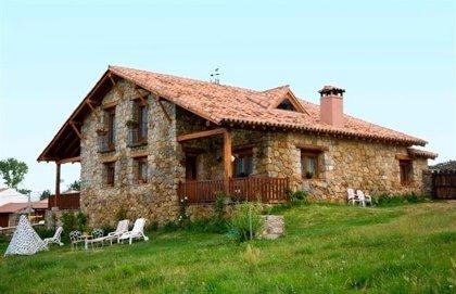 Turismo.-Cataluña, Andalucía y CyL, destinos rurales preferidos por los viajeros extranjeros este verano, según Toprural