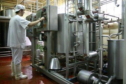 Los precios industriales caen un 0,3% en agosto en Aragón