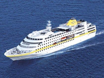 El crucero de lujo 'Seabourn Legend' llega a la capital con 200 pasajeros