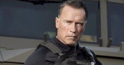 Schwarzenegger recibe su medalla como embajador turístico