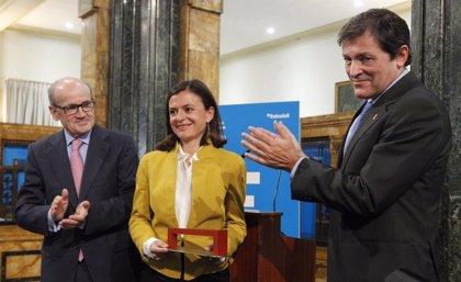 Javier Fernández insiste en la necesidad de un pacto de Estado por la energía y una mejor regulación de la competencia