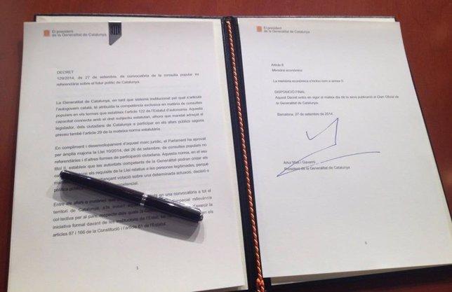 Decreto de convocatoria de la consulta del 9N
