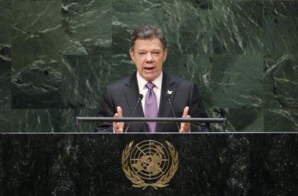 """Santos asegura que """"no hay cartas escondidas"""" en el proceso de paz con las FARC"""