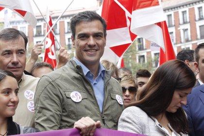 Sánchez exige al Gobierno la retirada del recurso de inconstitucionalidad de la ley de plazos de Zapatero