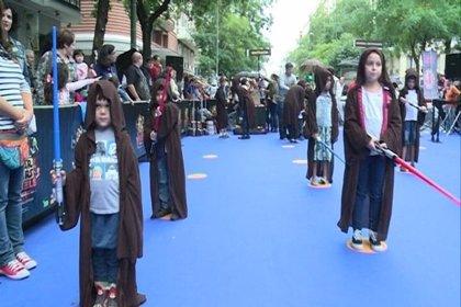 Un ejército de niños 'jedi' se entrena en Fuencarral