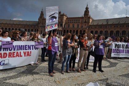 """Pérez (PSOE) afirma que el Gobierno de Rajoy """"nunca va a defender el derecho de las mujeres"""""""