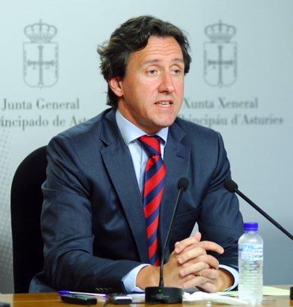 """Longo (Foro) reprocha a Fernández y Rajoy que hayan """"abandonado a su suerte a los ganaderos de leche asturianos"""""""