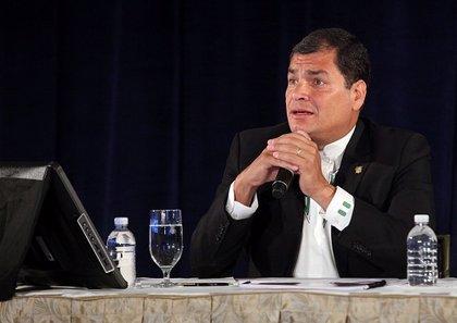 Correa alerta de los planes desestabilizadores de Estados Unidos en la región
