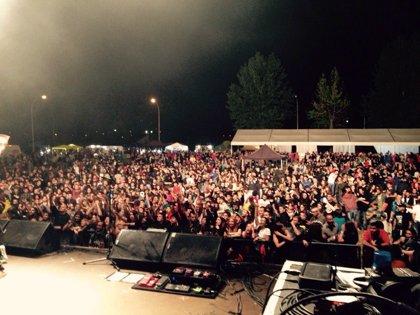 Unas 12.000 personas asisten al Rebujas Rock