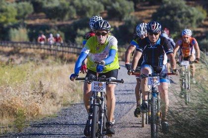 Más de 4.000 ciclistas participan en Talavera en la 'Talajara B-PRO BIKE Maratón'