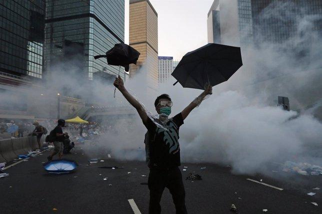 Un manifestante durante las protestas en Hong Kong
