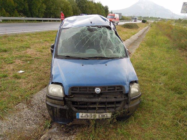 Imagen del vehículo tras el accidente