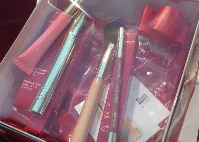 Perfumes y maquillaje para regalar en Navidad