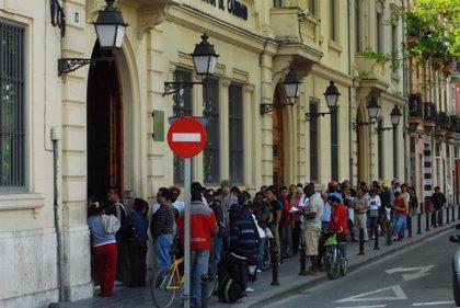 El 23,6% de los valencianos vivió en hogares con una renta inferior al umbral de la pobreza en 2013