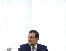 Rajoy ofrece a Mas dialogar dentro de la ley