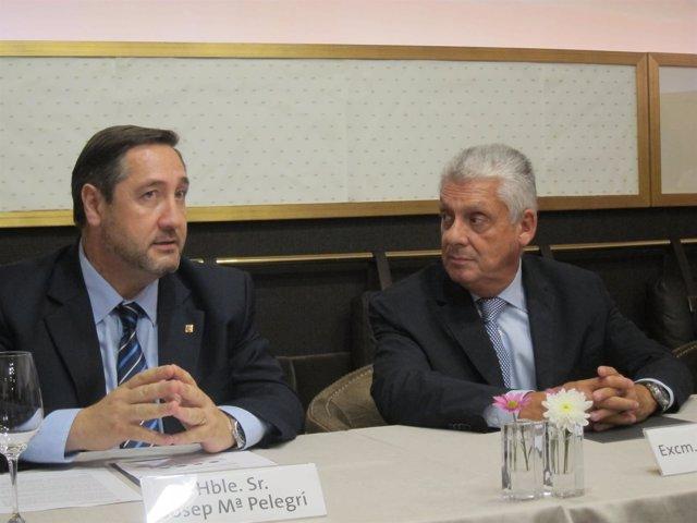 El conseller J.M.Pelegrí y el presidente del Gremio de Hoteles J.Clos