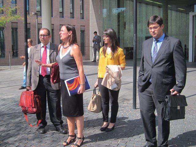 Susana Bertan, Alejandro Rusiñol y otros miembros de Societat Civil Catalana