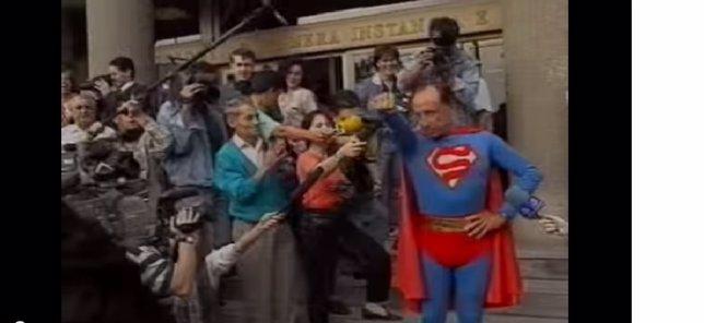 Ruiz-Mateos vestido de Superman