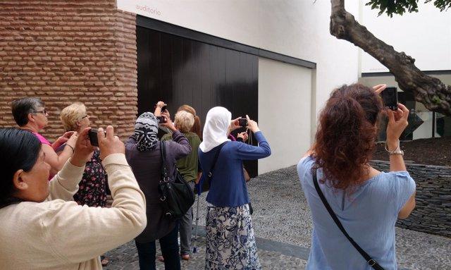 Taller Fotografía Mujeres Inmigrantes