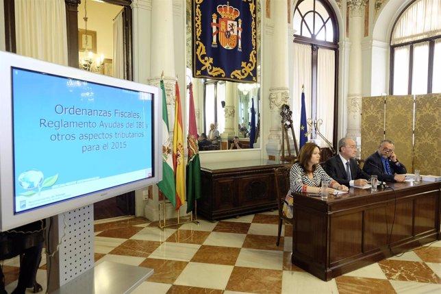 De la Torre alcalde Málaga presenta ordenanzas fiscales 2015