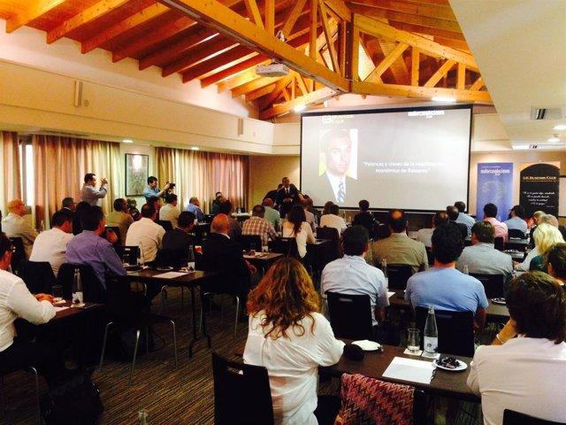 Joaquín García en una conferencia