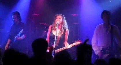 Un técnico de sonido se venga de Courtney Love mostrando una grabación lamentable