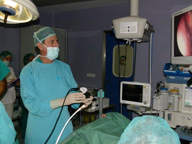 Quirón Sagrado Corazón aplica novedos técnica para disfunción tubárica