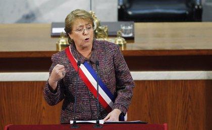Bachelet sigue perdiendo apoyo y solo goza del respaldo del 47% de los chilenos