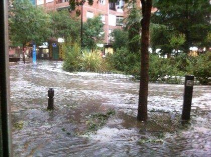 Más de 60 incidencias por la lluvia en Granada y su área metropolitana