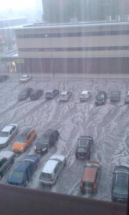 Más de 220 incidencias por la tormenta de lluvia y granizo en Granada