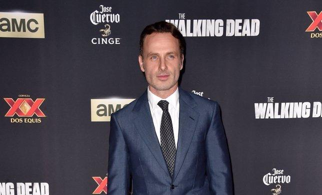 ¿Por Qué Se Queda Sin Barba Rick En La 5ª Temporada De The Walking Dead?