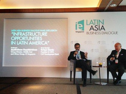"""América Latina hace """"grandes esfuerzos"""" para aumentar inversión en infraestructura"""