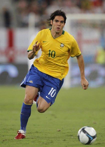 Kaká vuelve con Brasil tras más de dos años de ausencia