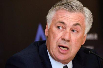 """Ancelotti: """"No sólo el Madrid tiene problemas a balón parado, el Barcelona también"""""""