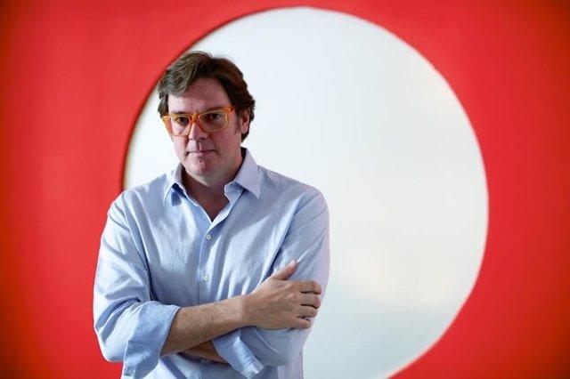 El productor y director de cine Álvaro Longoria