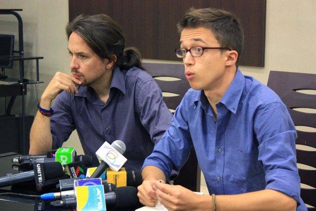 Pablo Iglesias e Íñigo Errejón, de Podemos, en Bolivia