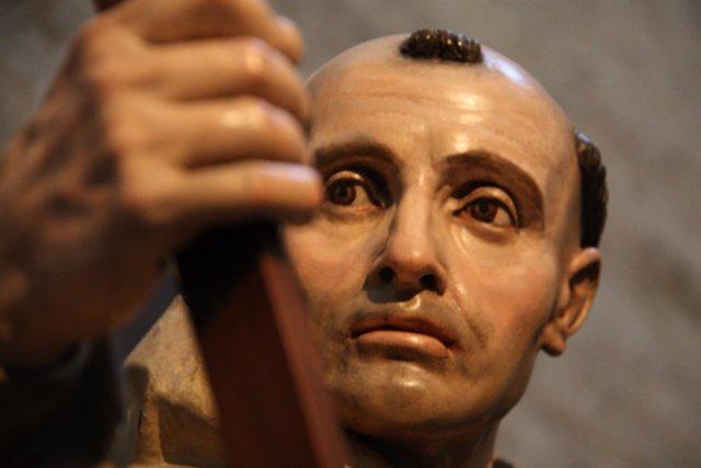 Detalle de la talla de San Bruno en la Cartuja de Miraflores