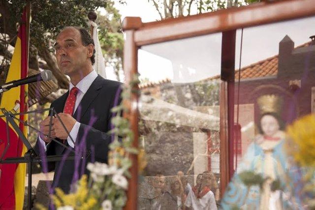 El presidente de Cantabria en la festividad de la Bien Aparecida en Canarias
