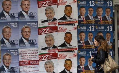 La derecha búlgara busca un apoyo potente en los comicios de hoy para poner fin a la inestabilidad