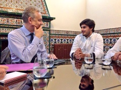 NNGG se reúne con el embajador de Reino Unido para hablar de Europa, bilingüismo y emprendimiento