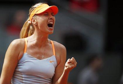 Sharapova celebra su cuarto título de la temporada en China