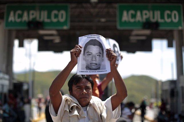 Estudiantes desaparecidos en México