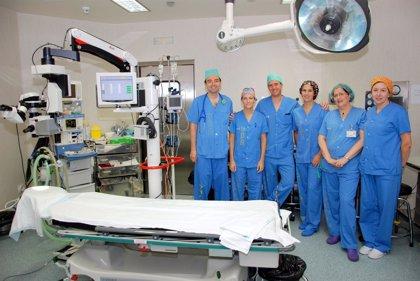 El Hospital de Talavera de la Reina realiza con éxito la primera intervención de retina
