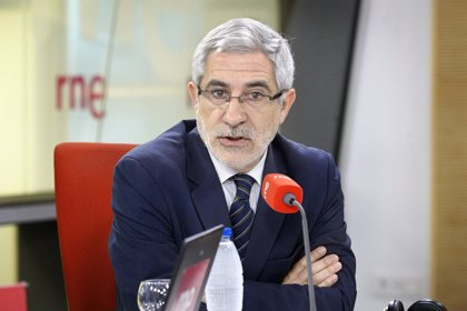 """IU censura que Rajoy y Mato se """"parapeten"""" detrás del personal sanitario """"para eludir su responsabilidad"""""""
