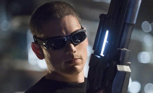 El Capitán Frío siembra el caos en el nuevo tráiler de The Flash