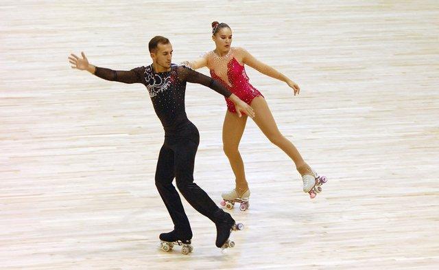 Los españoles Nerea y Javier Nis en el Mundial de patinaje artístico de Reus